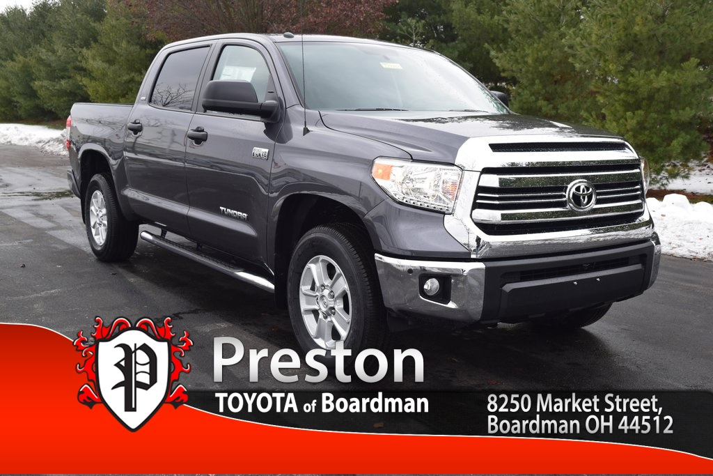 new 2017 toyota tundra sr5 4d crewmax in boardman t17433 toyota of boardman. Black Bedroom Furniture Sets. Home Design Ideas